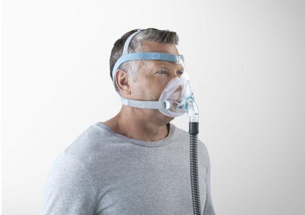 Man wearing vitera cpap mask side on
